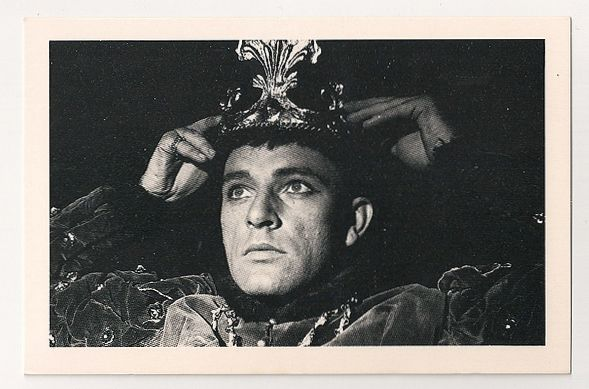 Richard Burton, 1951. Nostalgia Reproduction Postcard