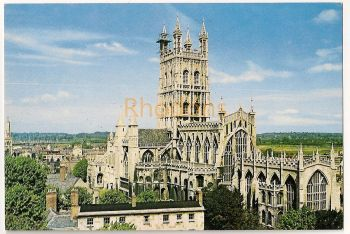 England: Gloucestershire. Gloucester Cathedral. Colour Printed Postcard