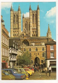 England: Lincolnshire. Exchequer Gate And Cathedral Lincoln, Lincs. Colour Printed Postcard. Circa 1970s