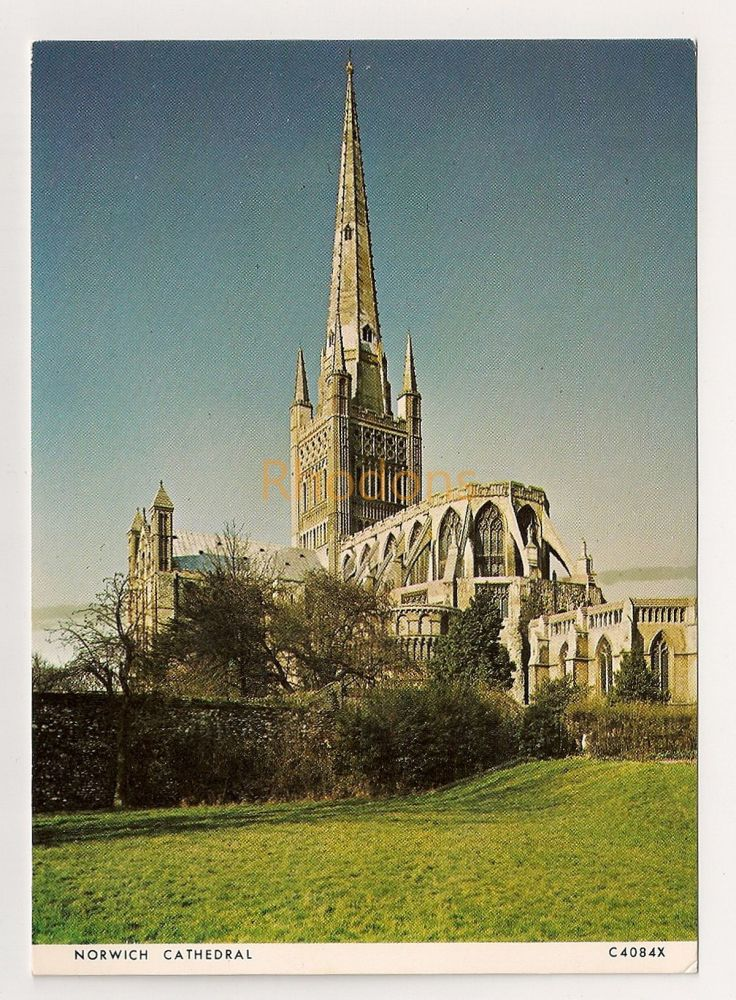 England: Norfolk. Norwich Cathedral Colour Printed Postcard