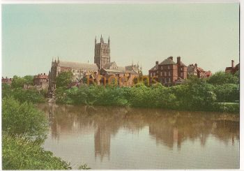 England: Worcestershire. Worcester Cathedral And Canonries. Colour Printed Postcard