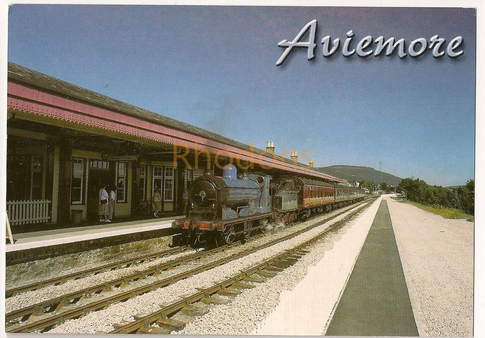 Scotland: Aviemore. Blue Steam Engine No 828 Arriving At Aviemore Station. Colour Photo Postcard