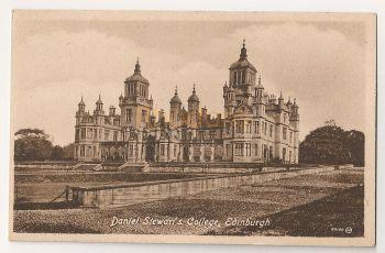 Scotland: Edinburgh,Midlothian. Daniel Stewarts College, Early 1900s Postcard