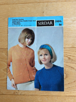 Sirdar Knitting Pattern For Womans 1960s Twinset - No 2404