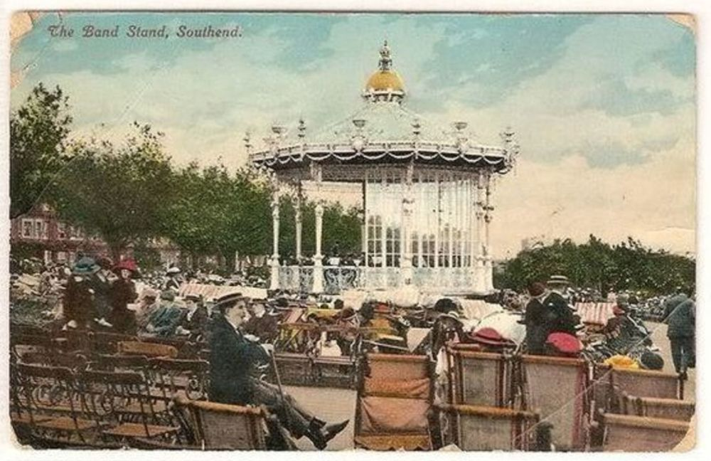 England: Essex. The Band Stand Southend on Sea. Early 1900s Postcard