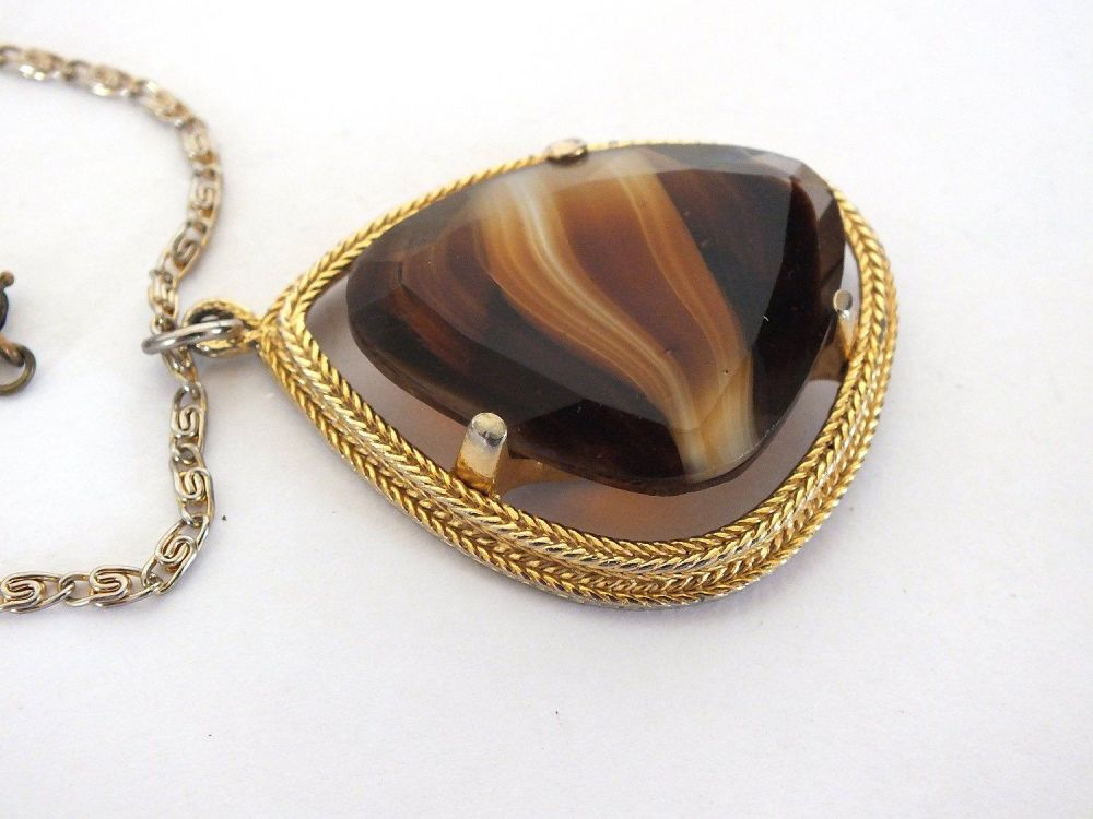 Sphinx Jewellery Pendant Necklace, Faux Banded Agate, 1970s, 1980s