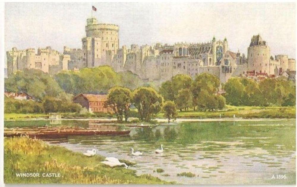 Berkshire. Windsor Castle Valentines Art Colour Postcard (A1396)