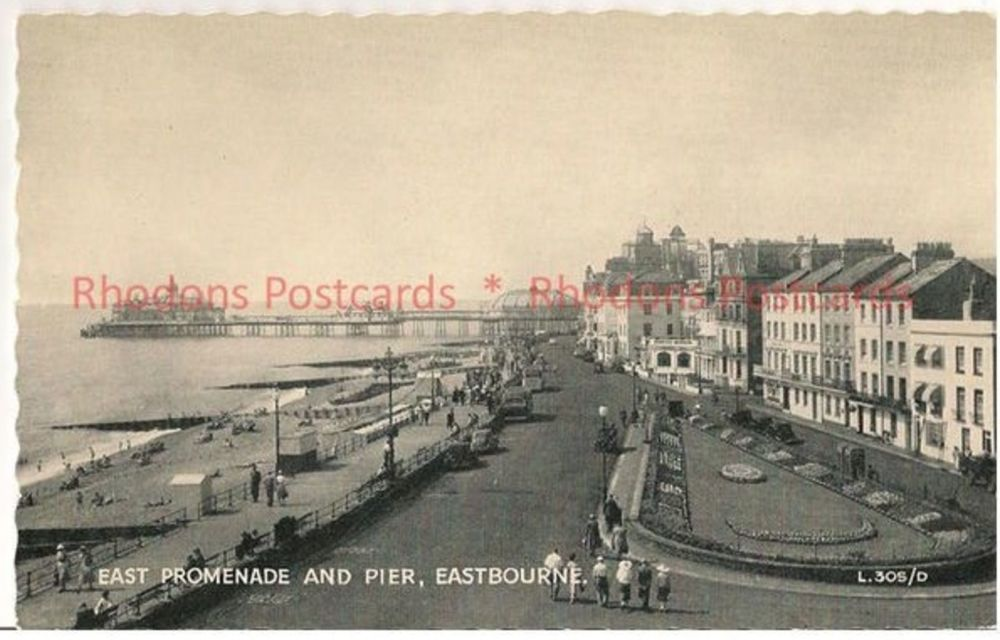 Sussex: East Promenade And Pier, Eastbourne. Valentines Circa 1930s Postcard