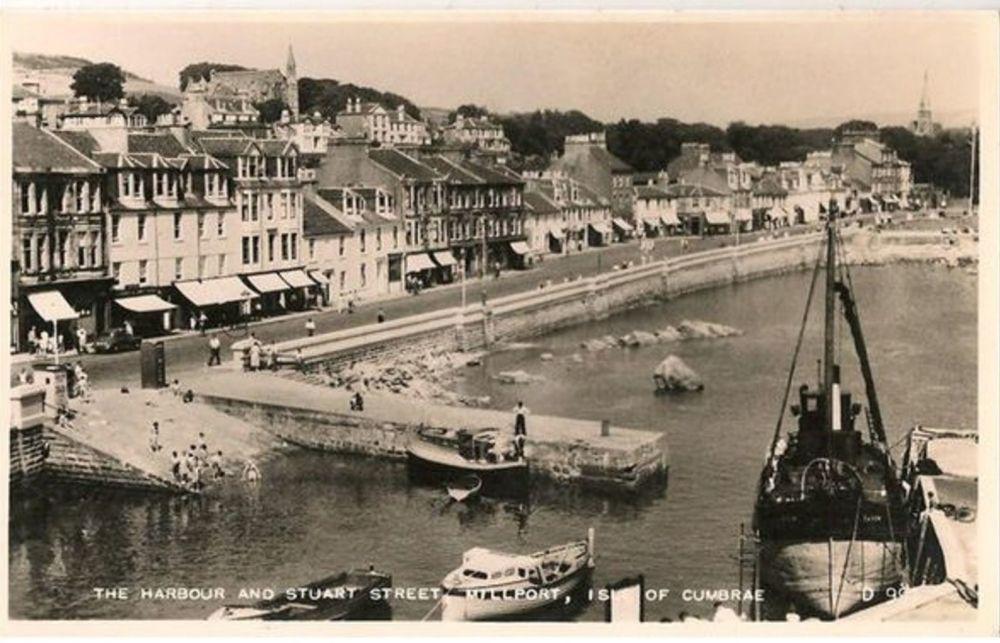 Scotland: Ayrshire. Harbour & Stuart St, Millport Isle Of Cumbrae. 1950/60s RP Postcard