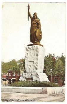 England: Hampshire. King Alfreds Statue Winchester. Early 1900s Postcard