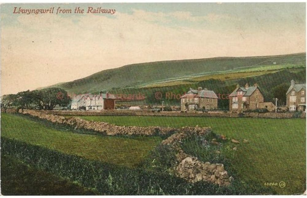 Wales: Llwyngwril From The Railway, Merionethshire. Early 1900s Valentines Postcard