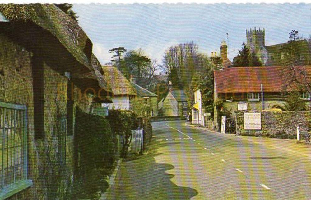 Isle of Wight, Godshill, Colour Postcard