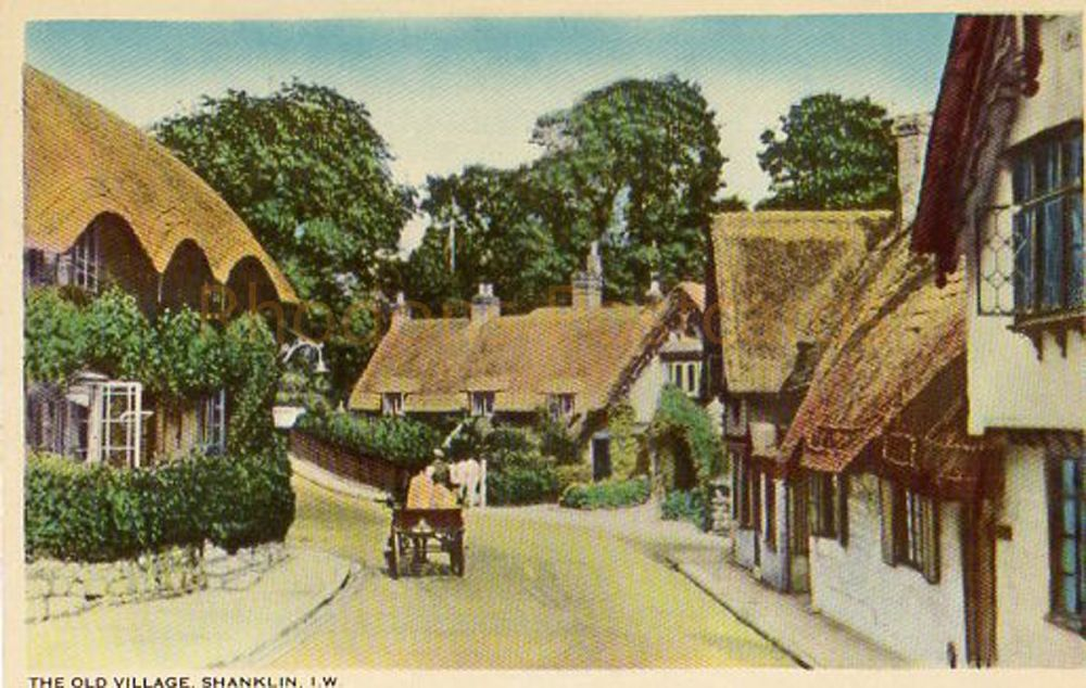 Isle of Wight: The Old Village Shanklin, IOW.  W J Nigh & Sons Postcard