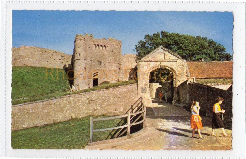 Isle of Wight: The Gateway Carisbrooke Castle Colour Postcard