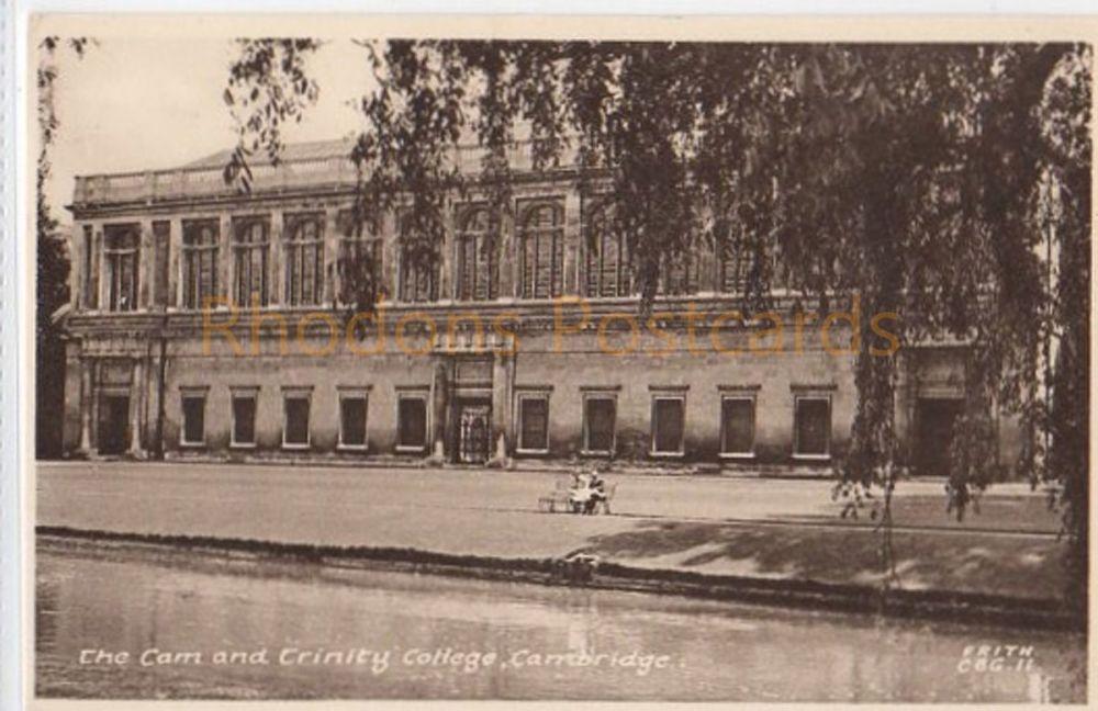 Cambridgeshire. The Cam And Trinity College Cambridge - F Frith Ltd Postcard