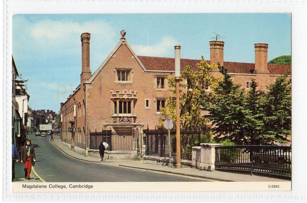 Cambridgeshire. Magdalene College Cambridge. Dennis Productions Postcard