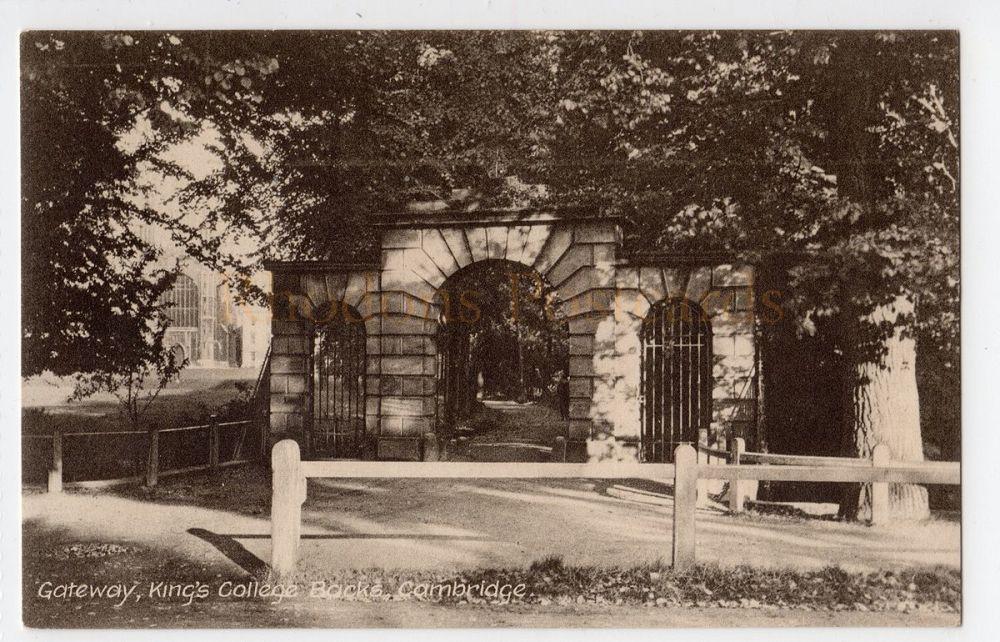 Cambridgshire: Gateway, Kings College Backs, Cambridge Postcard (Aldwych Series)