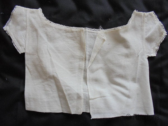 Antique Linen First Shirt For Baby - Early 1800s