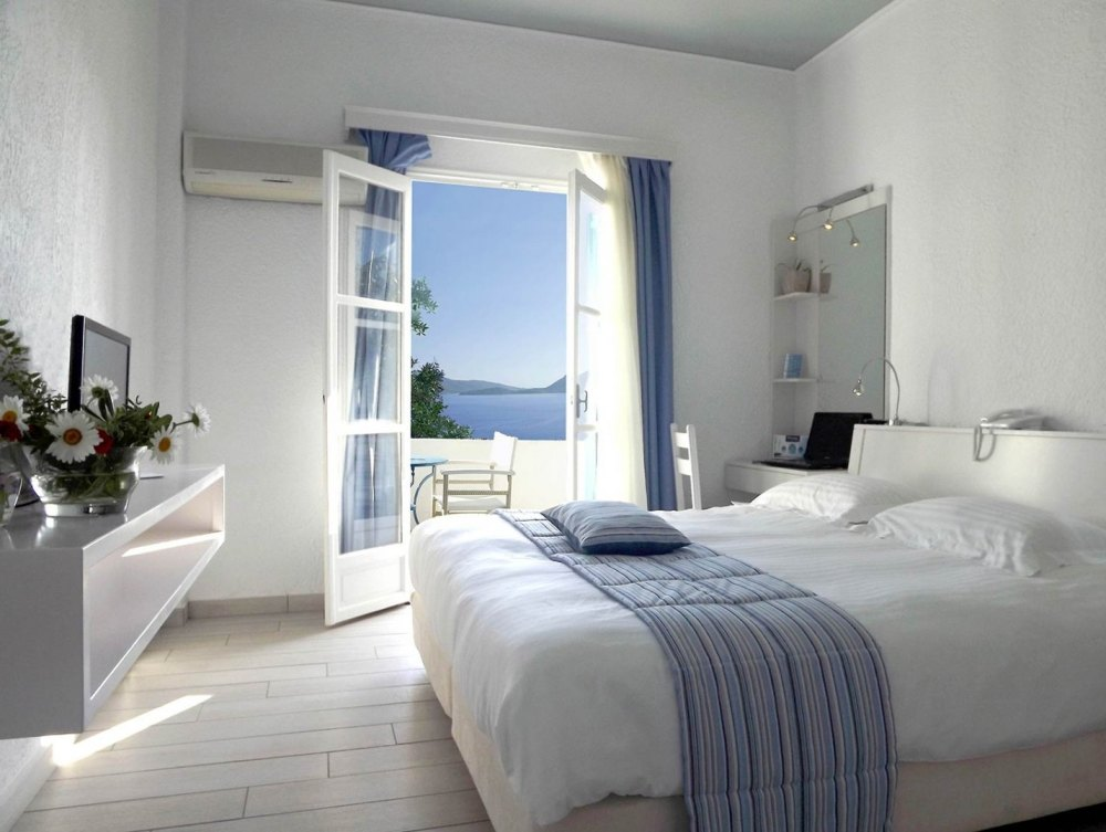 9 Nights - Superior Classic or Superior Modern Room - Twin For Two Guests -
