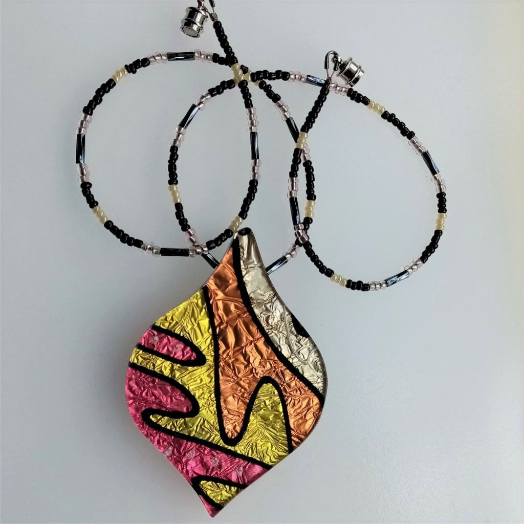 jazzy  silk statement pendant