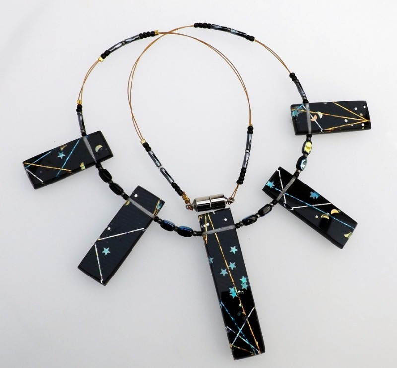 holographic black necklace