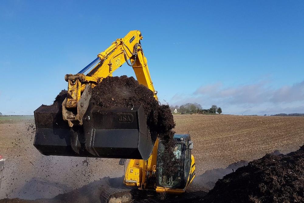 Excavator Buckets & Attachments