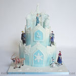 1168 - froze elsa castle kids cake