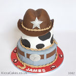 1082 cawboy hat birthday cake