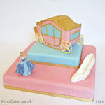 1104 - cinderella carriage cake