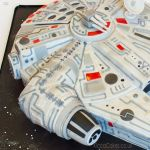 1224-Millennium-Falcon-Spaceship--Star-Wars-Cake-webw2