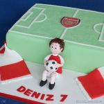 1240-Football-Pitch-and-Boy-Cake-webw