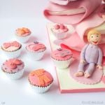 1269-Pyjamas-Party-Pillows-Tower-Cake-webw7