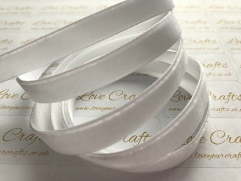 9mm Velvet Ribbon - #029 White