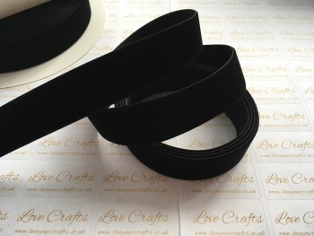 22mm Velvet Ribbon - #030 Black