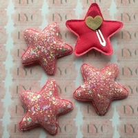 Pair of Glitter Snap Clips - Hot Pink Star