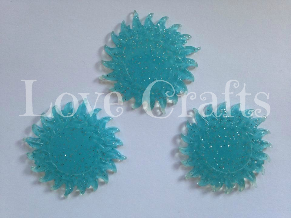 Blue Glitter Sun Style *Glow In The Dark* Resin Centre