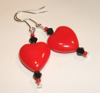 Gorgeous Red + Black Heart Earrings