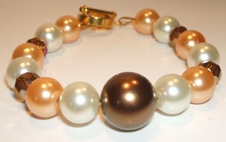 Glass pearl + Czech crystal bracelet