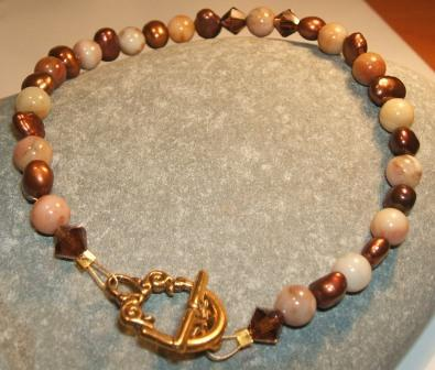 Freshwater Pearl and Agate bracelet