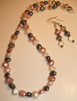 Tri-colour Freshwater pearl necklace + earrings set