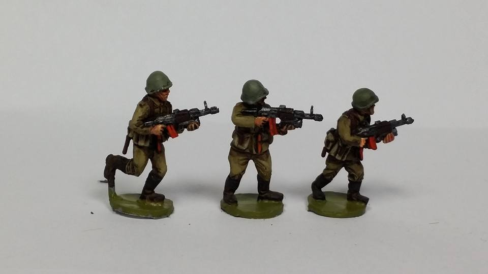 CWR02n Soviet AK74 riflemen with GP30 Grenade Launchers
