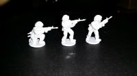 ECB02 Early Cold War British Riflemen with SLRs skirmishing