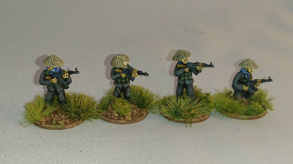 VC02 Viet Cong in straw hats with AK47 Skirmishing set B