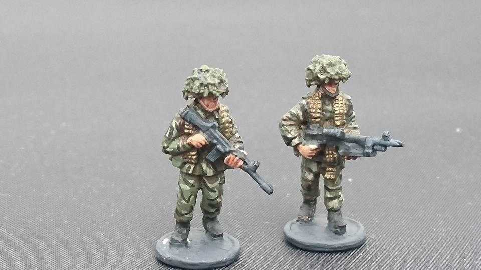 BAOR25 BAOR GPMG patrol armed with GPMG and SLR