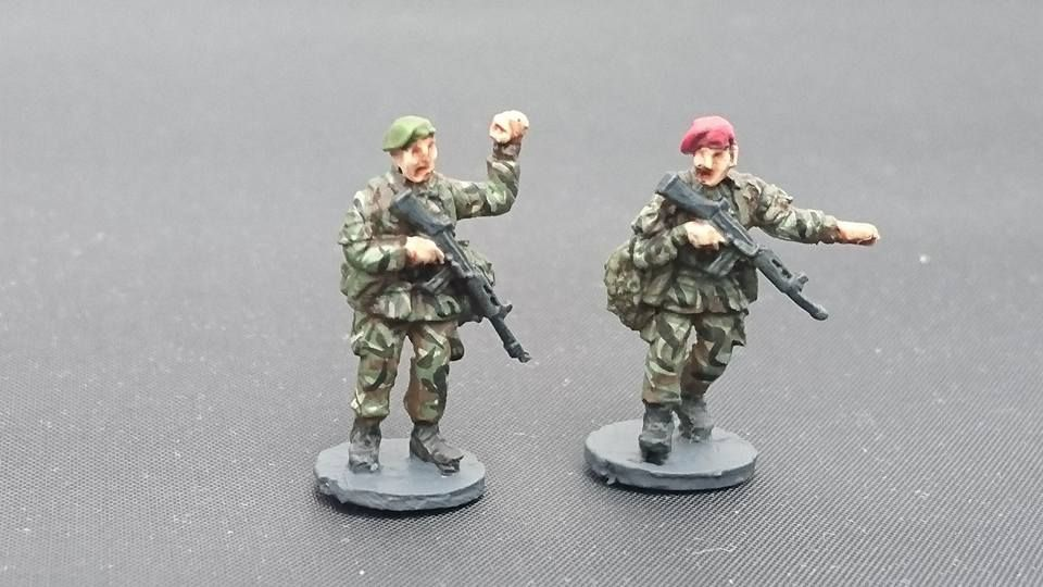 BAOR28 British Army in berets NCOs patrol poses