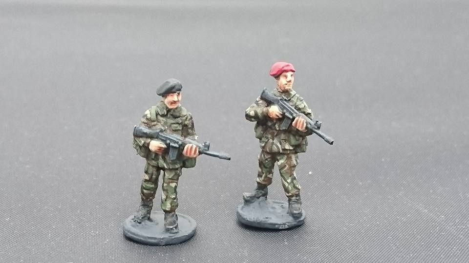BAOR29 British Army in berets SLR patrol poses
