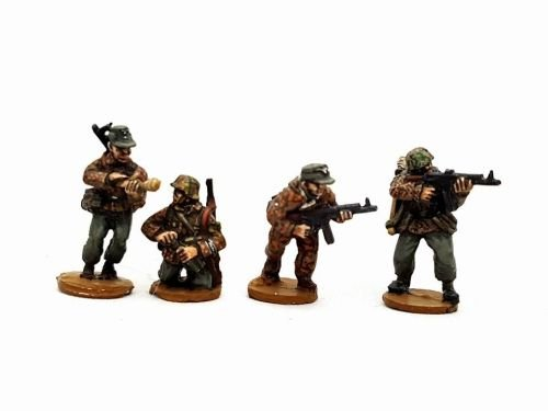 SSL07 Waffen SS late war mixed weapons/uniforms squad