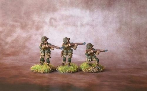 UPN02 US Paras Normandy M1 Garands firing