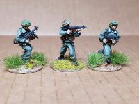 LHR02 PanzerLehr NCO's with Mp40 smgs (new sculpts)