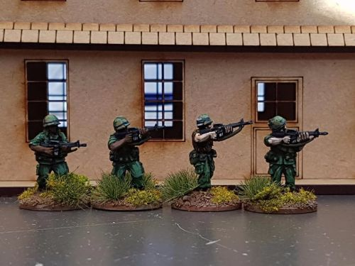 NAM02 - US Army M16s Skirmishing
